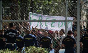Hungria considera refugiados «perigosos» e abandona pacto de migrações da ONU