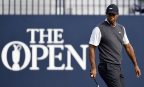 Tiger Woods brilha no 'major' britânico, Kisner perde liderança isolada