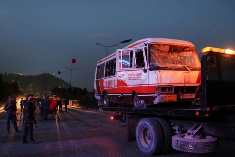 Acidente de viação faz 14 mortos e 40 feridos no Afeganistão