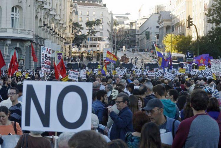 Trabalhadores espanhóis manifestaram-se contra política do Governo de Rajoy