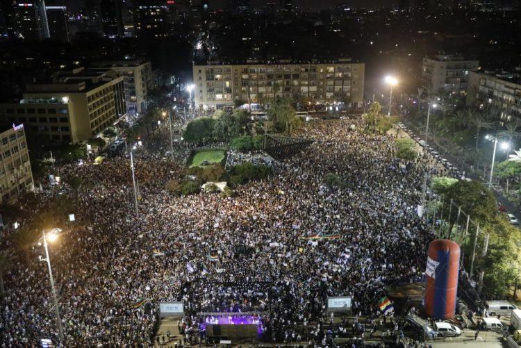 Milhares protestam em Telavive contra a lei Estado-Nação aprovada pelo Governo israelita