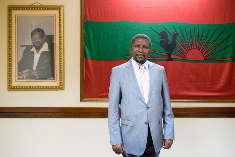 Líder da UNITA lamenta que restos mortais de Jonas Savimbi