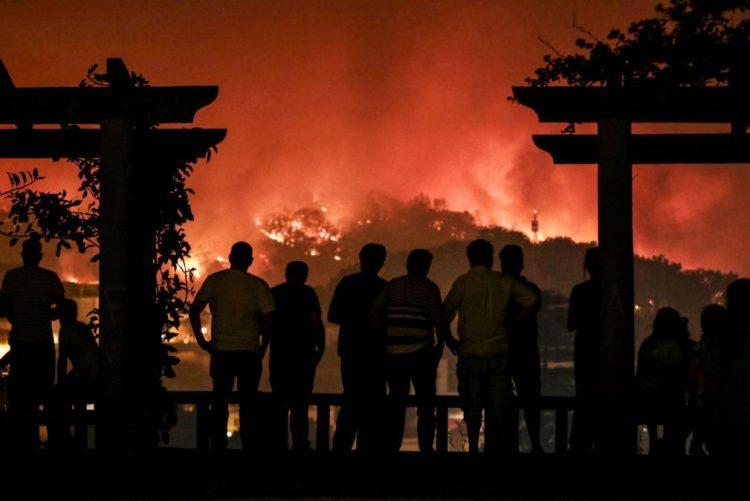 ALERTA INCÊNDIOS | Espanha envia reforços aéreos para ajudar a combater chamas em Monchique