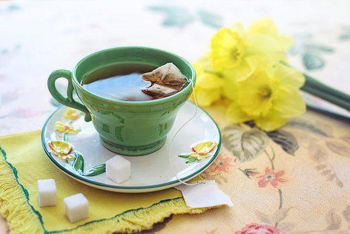 Jovem de 16 anos diagnosticada com hepatite aguda após começar a beber chá verde