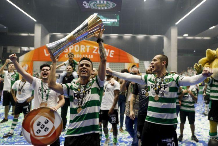 Futsal do Sporting regressou ao trabalho com o tetracampeonato como objetivo