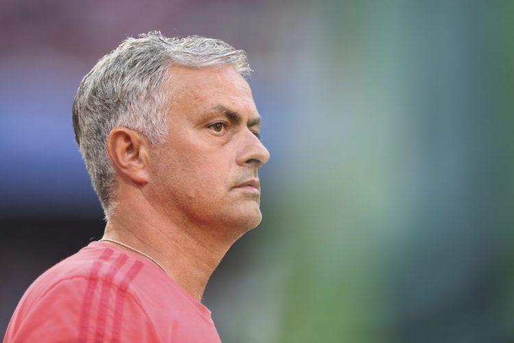 Mourinho diz que mercado de transferências está fechado para Manchester United