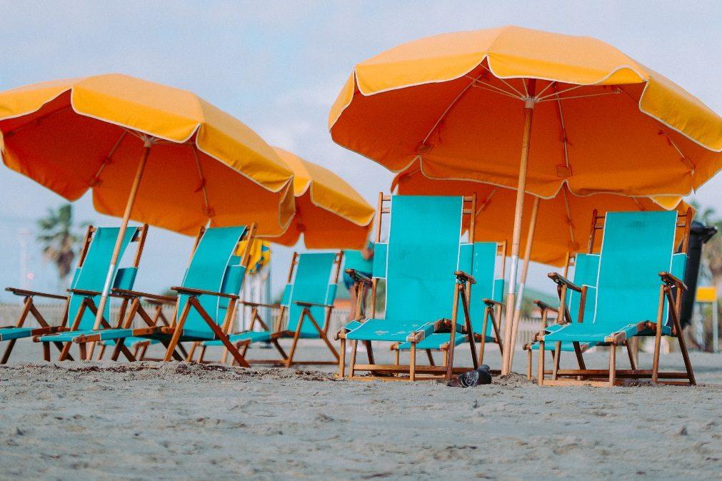 São precisos estes dias de férias para que se sinta totalmente renovada