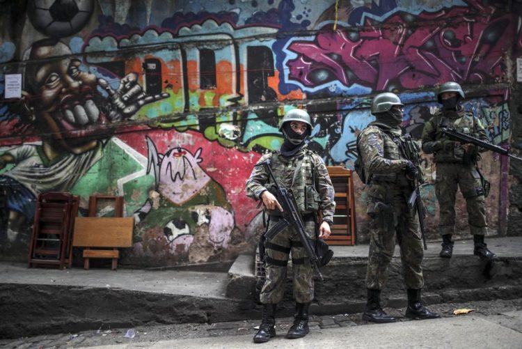 Mortes violentas no Brasil batem recorde e chegam a 63.880 casos