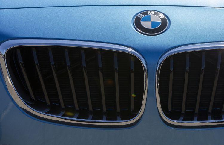Veículos BMW com mais de 70 mil km podem dirigir-se a ponto da rede para revisão