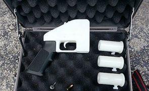 Juiz dos EUA reavalia hoje bloqueio de manuais para impressão de armas 3D