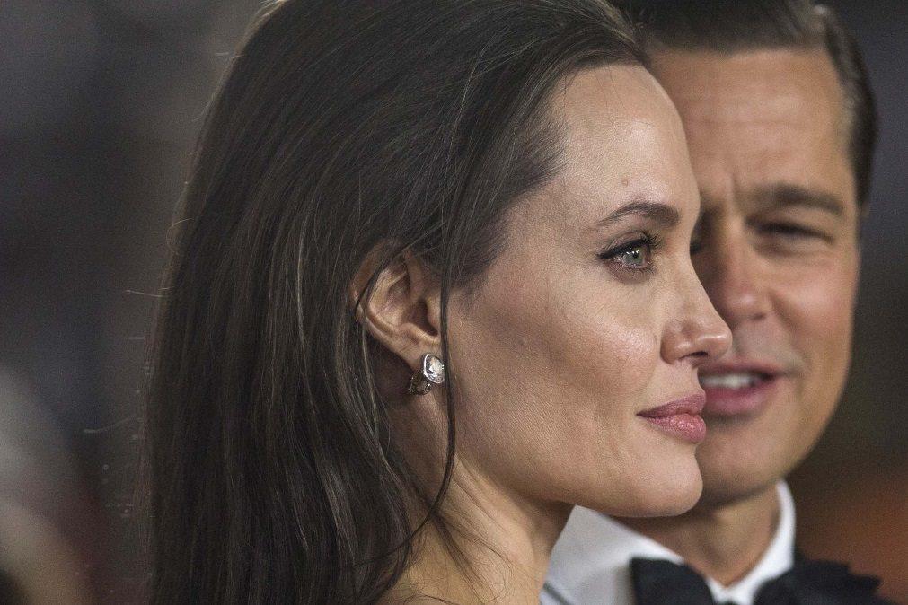 Angelina Jolie apressa divórcio para se poder casar com novo amor