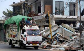 Número de mortos do sismo na Indonésia aumenta para 387