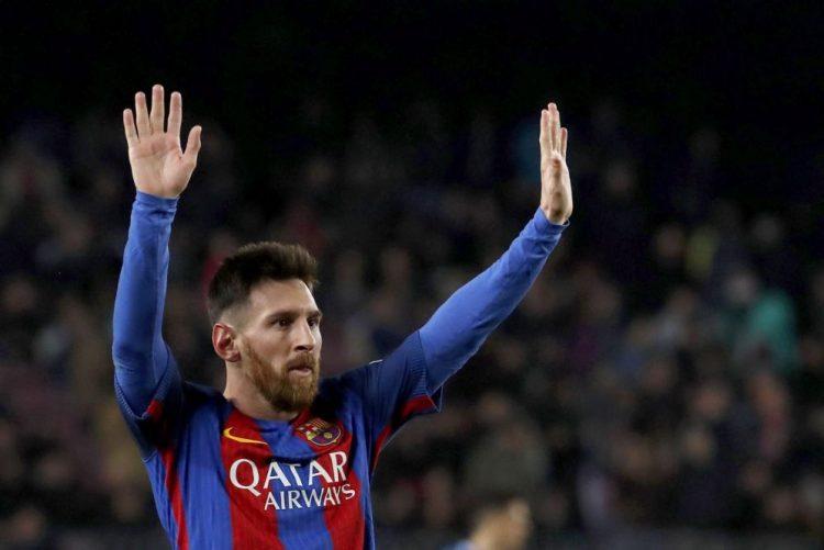 FC Barcelona vence dérbi com Espanyol e aproxima-se do Real Madrid