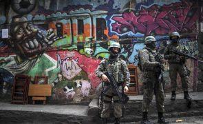 Mortes em operações policiais mais do que duplica no Rio de Janeiro em julho