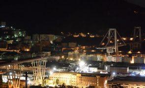 Balanço aponta para 35 mortes em Génova e equipas trabalham nos escombros do viaduto