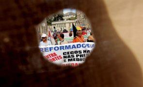 Reformados contra proposta do Governo de acabar com reforma obrigatória aos 70