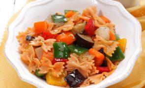 Salada de farfale Leve & prática