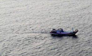 GNR resgata 41 migrantes no mar. 15 são crianças