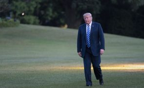 Trump volta a criticar media em dia de campanha pela liberdade de imprensa