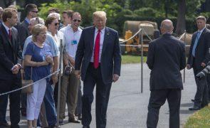 Trump diz que seu antigo diretor de campanha em julgamento é