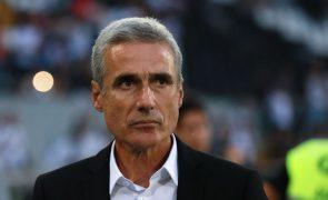 Luís Castro quer Vitória de Guimarães agressivo no ataque para derrotar Feirense