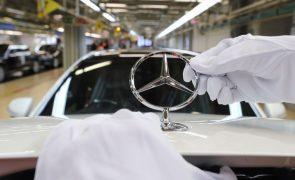 Daimler chama 700 mil viaturas Mercedes-Benz diesel à revisão