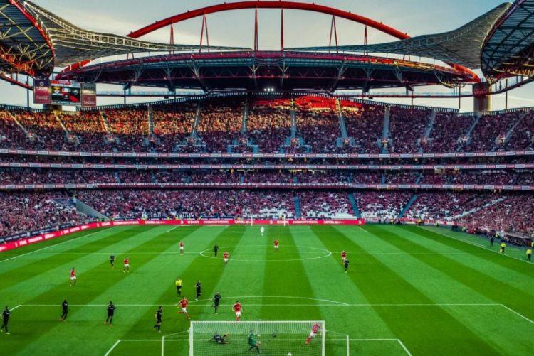 Estádio mais bonito da Europa é português