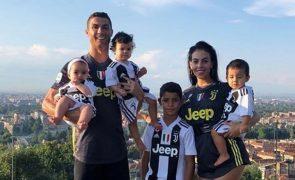 Filho de Ronaldo segue pisadas do pai e marca golos «impressionantes»