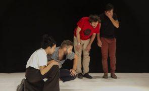 Jovens atores dirigidos por Tiago Rodrigues apresentam