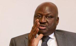 PM guineense explica a partidos políticos atrasos no início do recenseamento