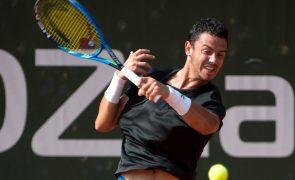 Tenista Gonçalo Oliveira eliminado no 'challenger' de Istambul