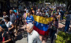Há 87% de pobres na Venezuela e 61% da população vive em pobreza extrema