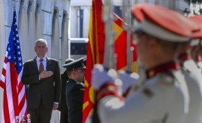Ministro da Defesa dos EUA na Macedónia para contrariar
