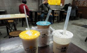 Rio de Janeiro multa bares e restaurantes que oferecem palhas de plástico