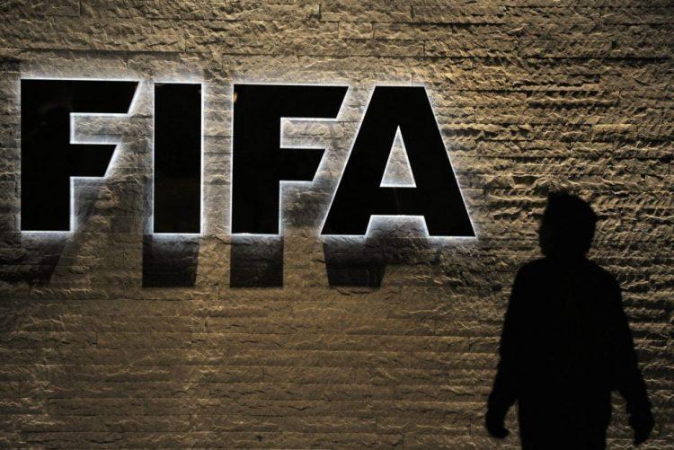 FIFA baniu do futebol vários ex-dirigemtes dos Estados Unidos e da CONCACAF