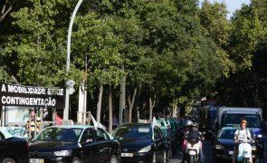 Taxistas mantêm protesto até serem recebidos em Belém
