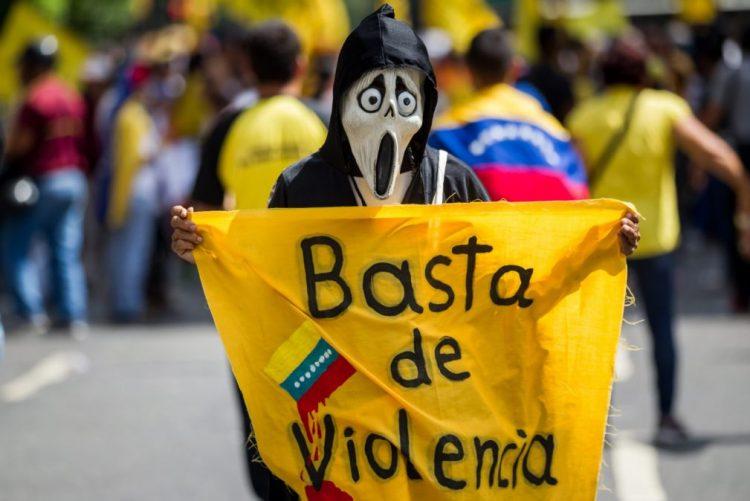 Oposição dá seis dias ao Governo venezuelano para cumprir acordos ou abandonará diálogo