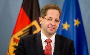 SPD quer rever acordo que promoveu o polémico chefe dos serviços secretos alemães