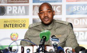 Polícia procura grupos armados que mataram dez pessoas no norte de Moçambique