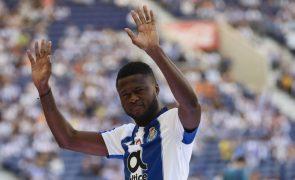 Mbemba e Soares ainda condicionados e Bazoer em tratamento no FC Porto