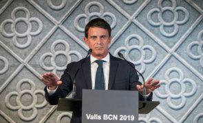 Ex-PM francês apresenta-se como candidato à presidência da câmara municipal de Barcelona