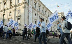 Polícias protestam hoje no Ministério das Finanças por reposição de subsídios