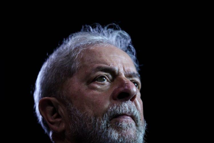 Juiz suspende autorização e proíbe entrevistas a Lula da Silva