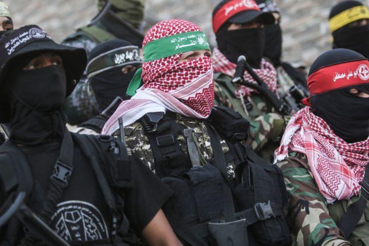 Agência da ONU para refugiados palestinianos retira nove funcionários de Gaza