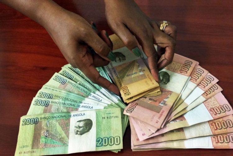 Angola coloca 74,5 ME no mercado e kwanza mantém depreciação face ao euro