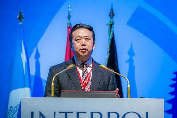 Mulher do presidente da Interpol desaparecido receia que se encontre em perigo