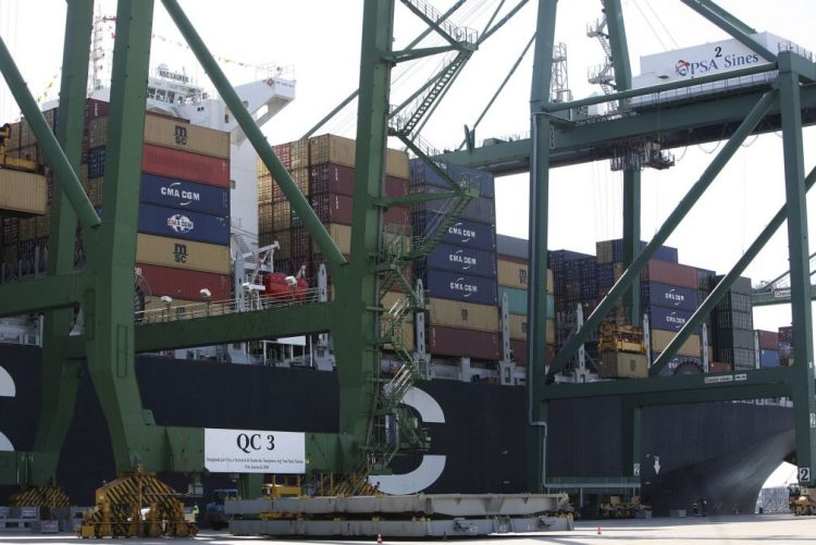 Comércio entre a China e os países de língua portuguesa caiu 10,32% até outubro