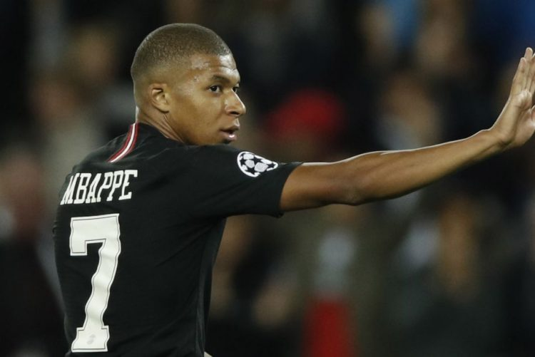 Mbappé favorito à vitória no troféu Kopa, para sub-21, do France Football