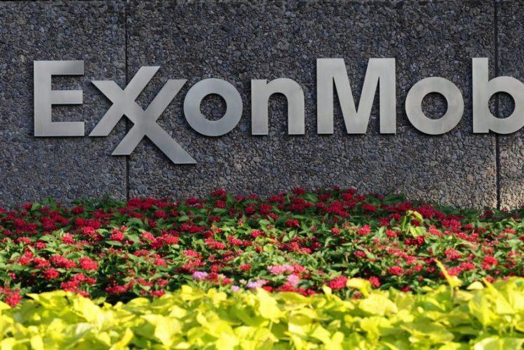 Governo moçambicano e ExxonMobil assinam contratos para pesquisa e produção de petróleo
