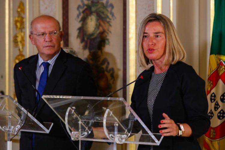 Venezuela: MNE assegura acolhimento de todos os que queiram regressar a Portugal